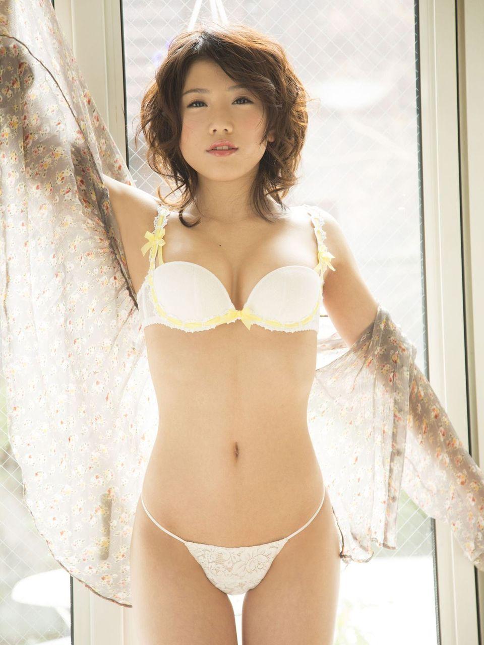 元アイドル・千明芸夢のEカップ水着グラビアがエロい!画像まとめ(40枚)その2